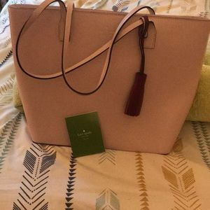 Kate spade 100 % authentic Wright place karla